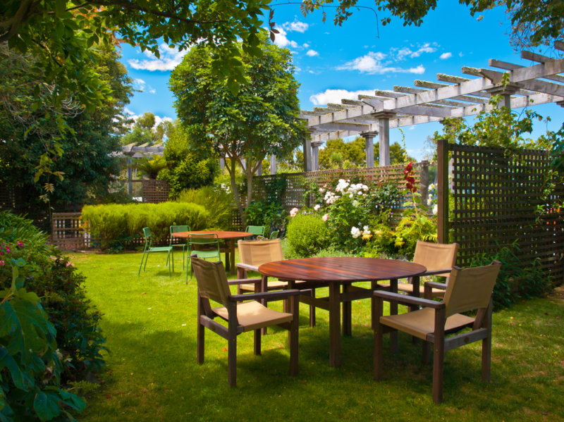 The Best Wood For Outdoor Furniture, Best Wood For Outdoor Furniture